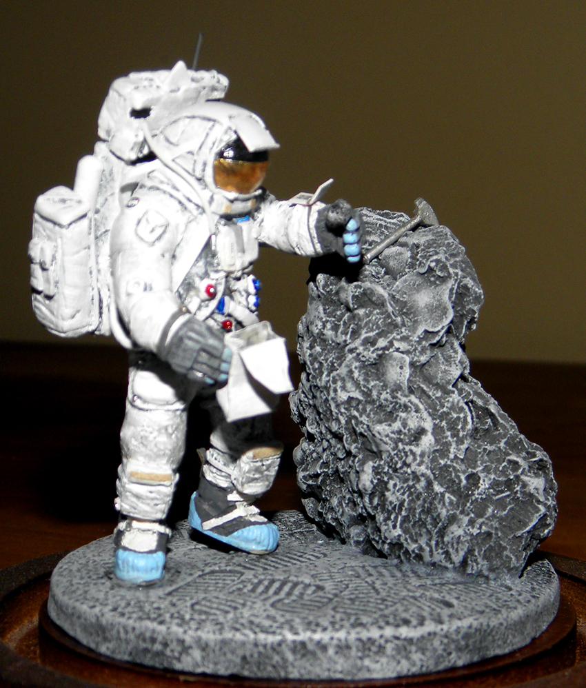 1/32 scale Apollo 16 Lunar Module pilot Charlie Duke ...
