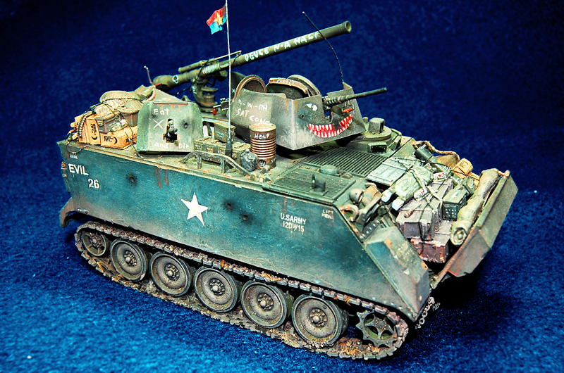 1:72 Scale Model Military/Army Tank Diorama Accessory Die