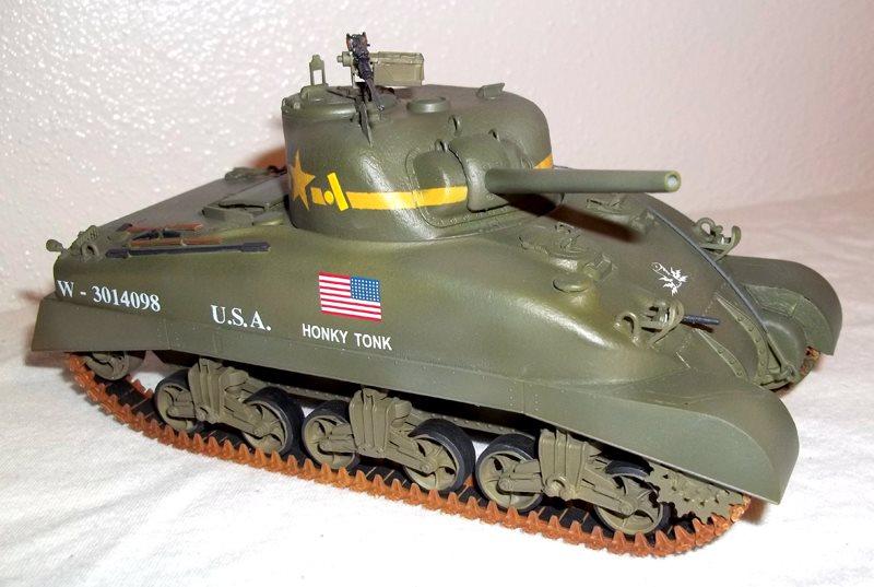 Dragon 1/35 scale Sherman M4A1 (DV) - July 2013 - FineScale