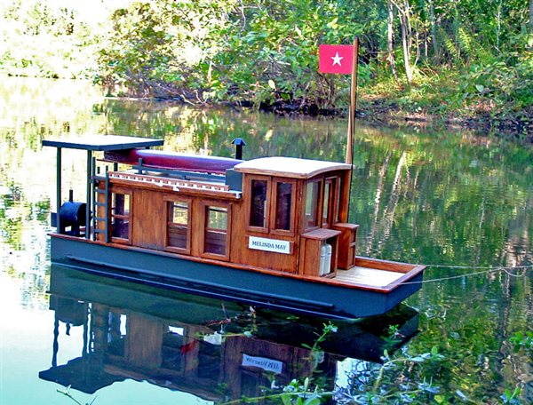1/16 scale houseboat - FineScale Modeler - Essential ...