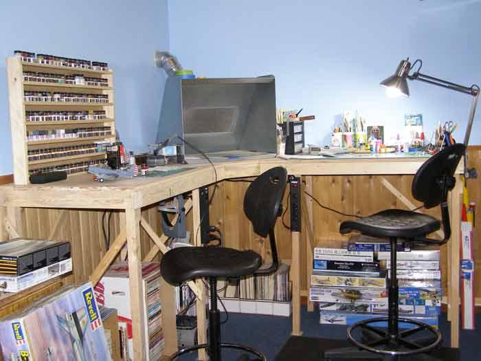 garage work station ideas - workbench gallery FineScale Modeler Essential magazine